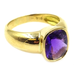 18ct gold cabochon amethyst ring, stamped 750