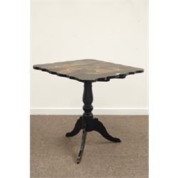 Early 20th century lacquered chinoiserie decorated tilt top occasional table on pedestal base W75cm, H79cm, D74cm.