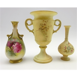 Late Victorian Graingers Worcester 2 handled vase painted with a lake landscape with flowers to the reverse on a blush ivory ground and on a pedestal foot. Date code for 1898 H18cm, a small Graingers vase H14cm and a Royal Worcester vase painted with roses H15cm