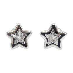 9ct white gold stone set star stud earrings, stamped 375