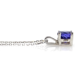18ct white gold round tanzanite solitaire pendant necklace, stamped 750, tanzanite 1.5 carat