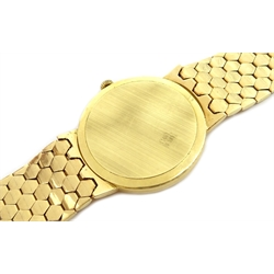 Vicence gentleman's 14ct gold quartz bracelet wristwatch, stamped 14K 585