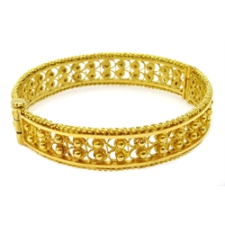 Ethiopian 22ct gold (tested) filigree design bangle with screw clasp, approx 33.6gm