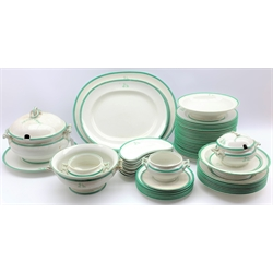 Victorian Wedgwood dinner service with the retailers mark of Thomas Goode & Co, decorated with a crest within a green border comprising 25 dinner plates, 7 dessert plates, 8 soup plates, 7 hors d'oeuvres dishes, 3 meat plates, 3 sauce tureens, soup tureen etc approx 60 pieces
