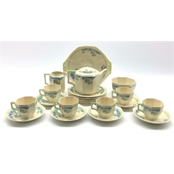 Royal Doulton Art Deco Wynn pattern tea service for six persons, D.5501 Rd No. 597783 (22)
