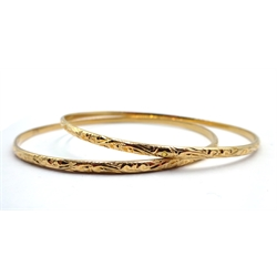 Two 14ct gold bangles hallmarked, approx 19.4gm