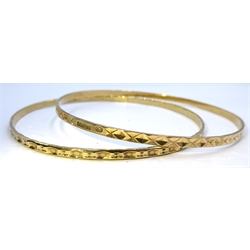 Two 9ct gold bangles hallmarked, approx 11.5gm