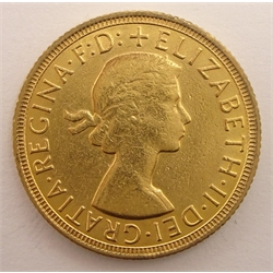 Queen Elizabeth II 1958 gold full sovereign