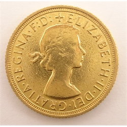 Queen Elizabeth II 1963 gold full sovereign