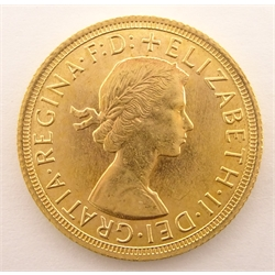 Queen Elizabeth II 1965 gold full sovereign