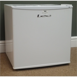 Lec R50052W table top fridge (This item is PAT tested - 5 day warranty from date of sale)