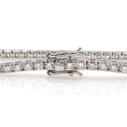 White gold diamond line bracelet, stamped 18K, total diamond weight 2.75 carat
