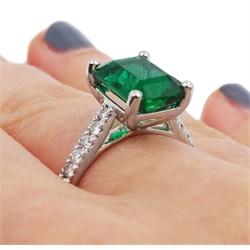 Platinum Zambian emerald with diamond set shoulders, hallmarked, emerald 3.13 carat with certificate