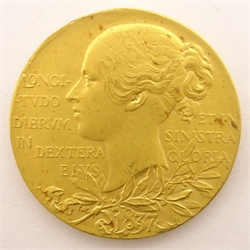 Small Queen Victoria 1837 - 1897 Jubilee medal, in 22ct gold, in original red case, medal weight 12.96 grams