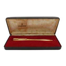 Parker 61 Presidential 18ct gold ballpoint pen, engine turned decoration, London 1964, in original case